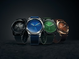 AWAKE - FRENCH DESIGNER WATCH TO END OCEAN PLASTIC POLLUTION